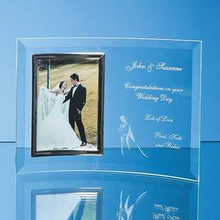 Bevelled Glass Crescent Frame for 5inchinch x 7inchinch Portrait Photo